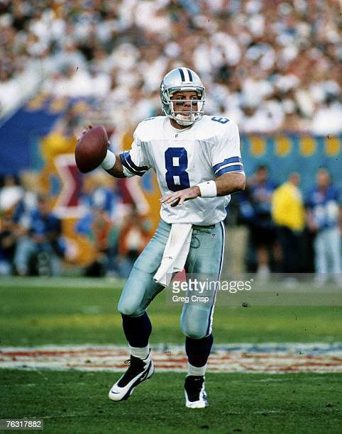 Dallas Cowboys Hall of Fame quarterback Troy Aikman drops back to pass during Super Bowl XXX a 2717 Dallas Cowboys victory over the Pittsburgh...