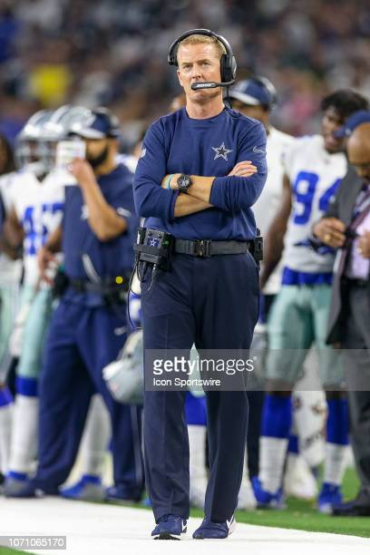 Dallas Cowboys Head Coach Jason Garrett looks up at the scoreboard during the game between the Philadelphia Eagles and Dallas Cowboys on December 9...