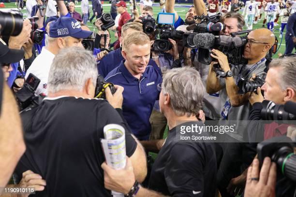Dallas Cowboys Head Coach Jason Garrett shakes hands with Washington Redskins Head Coach Bill Callahan after the NFC East game between the Dallas...