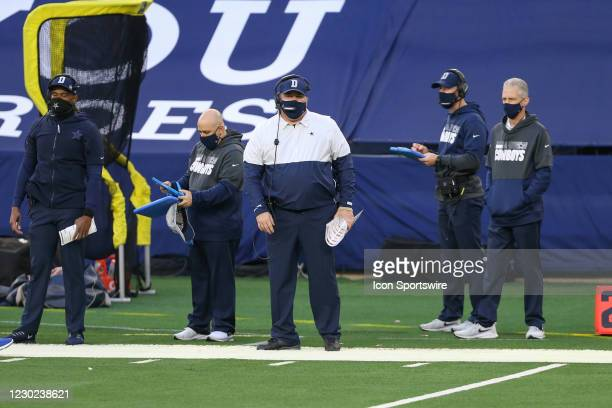Dallas Cowboys Head Coach Mike McCarthy looks on from the sideline during the game between the Dallas Cowboys and San Francisco 49ers on December 20,...