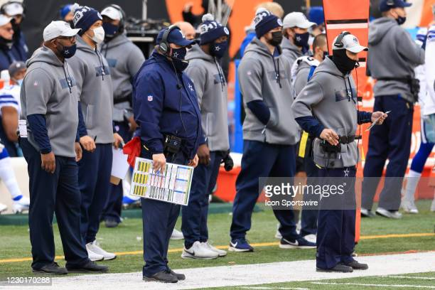 Dallas Cowboys head coach Mike McCarthy watches from the sideline during the game against the Dallas Cowboys and the Cincinnati Bengals on December...