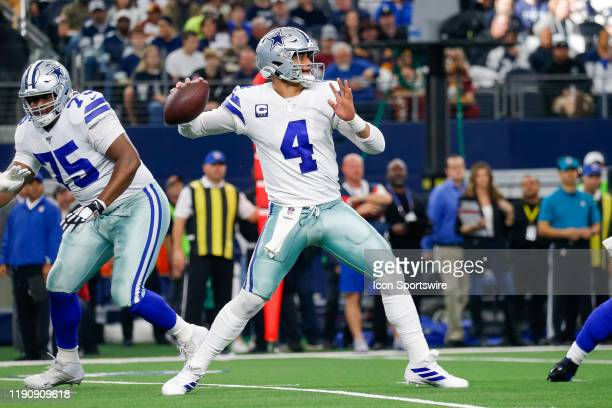Dallas Cowboys Quarterback Dak Prescott drops back to pass during the NFC East game between the Dallas Cowboys and Washington Redskins on December 29...