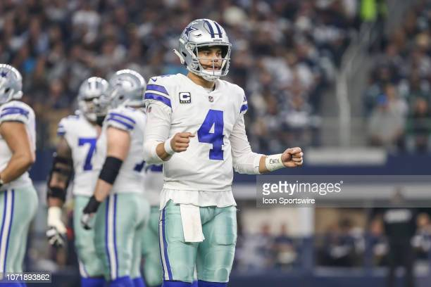 Dallas Cowboys quarterback Dak Prescott greets his teammates before the huddle during the game between the Dallas Cowboys and the Philadelphia Eagles...