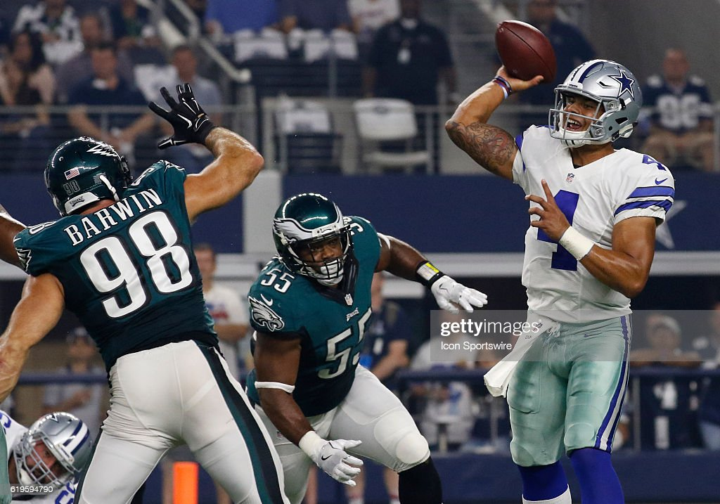 NFL: OCT 30 Eagles at Cowboys : News Photo