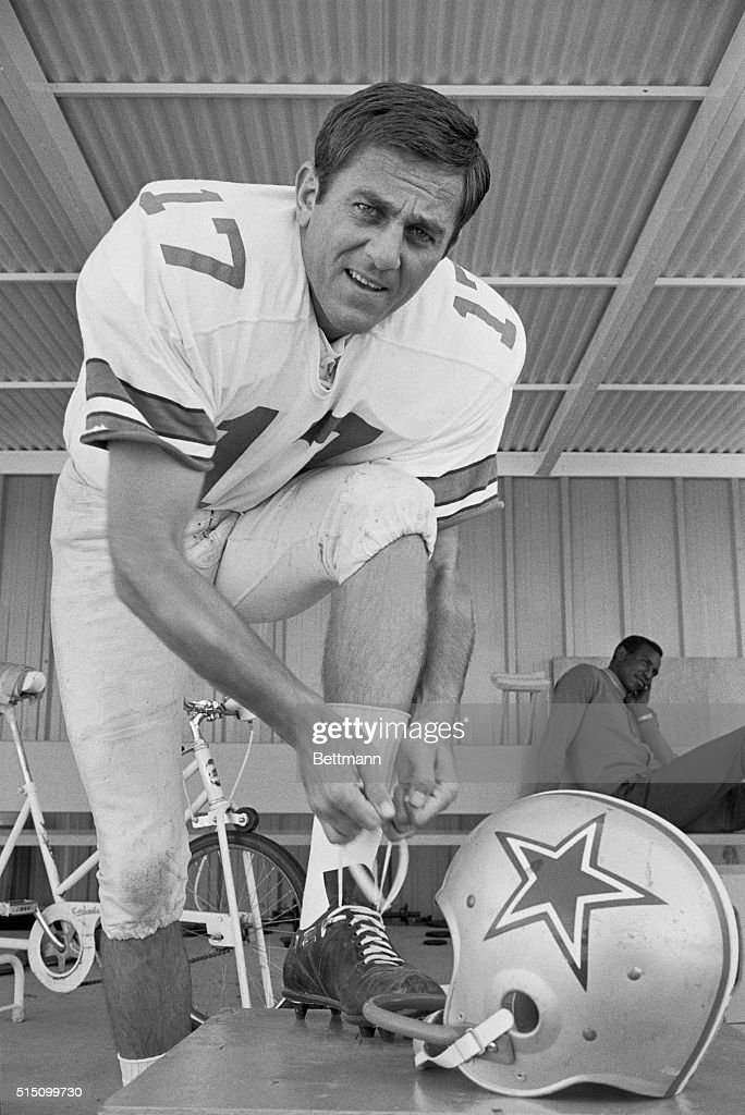 Dallas Cowboys quarterback Don Meredith, out of action the past two games with fractured ribs and resultant pneumonia, suits up for the Cowboys workout 10/25 in preparation for their game with Philadelphia 10/29. Meredith is expected to be in top shape for the NFL encounter.