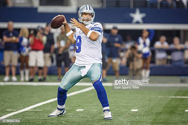 Dallas Cowboys Quarterback Tony Romo [3808] sets up for a pass during the NFL season opener football game between the Dallas Cowboys and San...