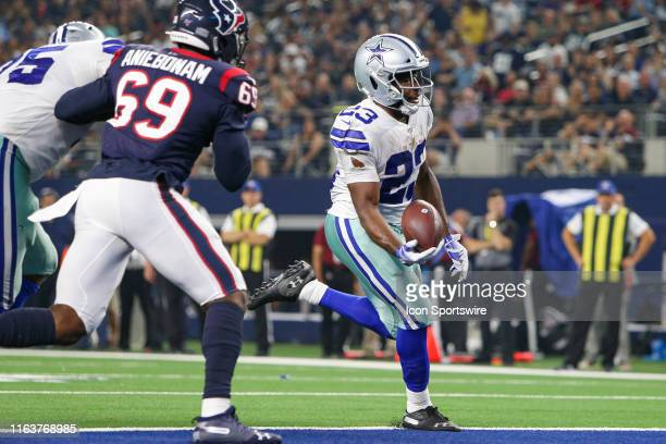 Dallas Cowboys Running Back Alfred Morris rushes for a touchdown during the preseason game between the Houston Texans and Dallas Cowboys on August...