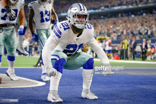 Dallas Cowboys Running Back Ezekiel Elliott poses after a rush that ends up being down at the 1yd line during the game between the Philadelphia...