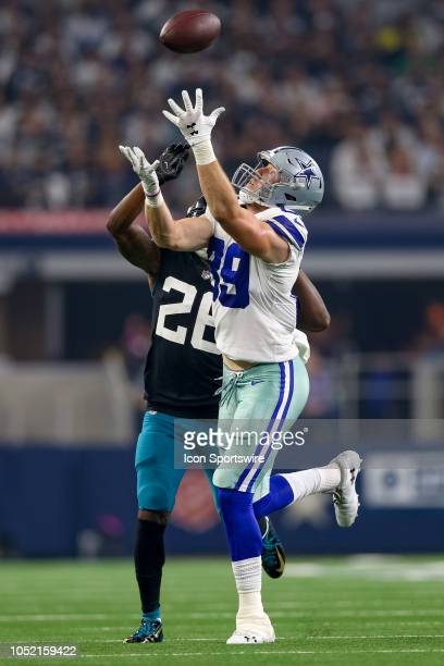 Dallas Cowboys tight end Blake Jarwin cannot come up with the catch while being covered by Jacksonville Jaguars defensive back Jarrod Wilson during...
