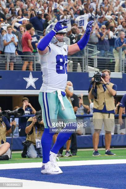 Dallas Cowboys Tight End Jason Witten catches a touchdown pass during the game between the New York Giants and the Dallas Cowboys on September 8,...