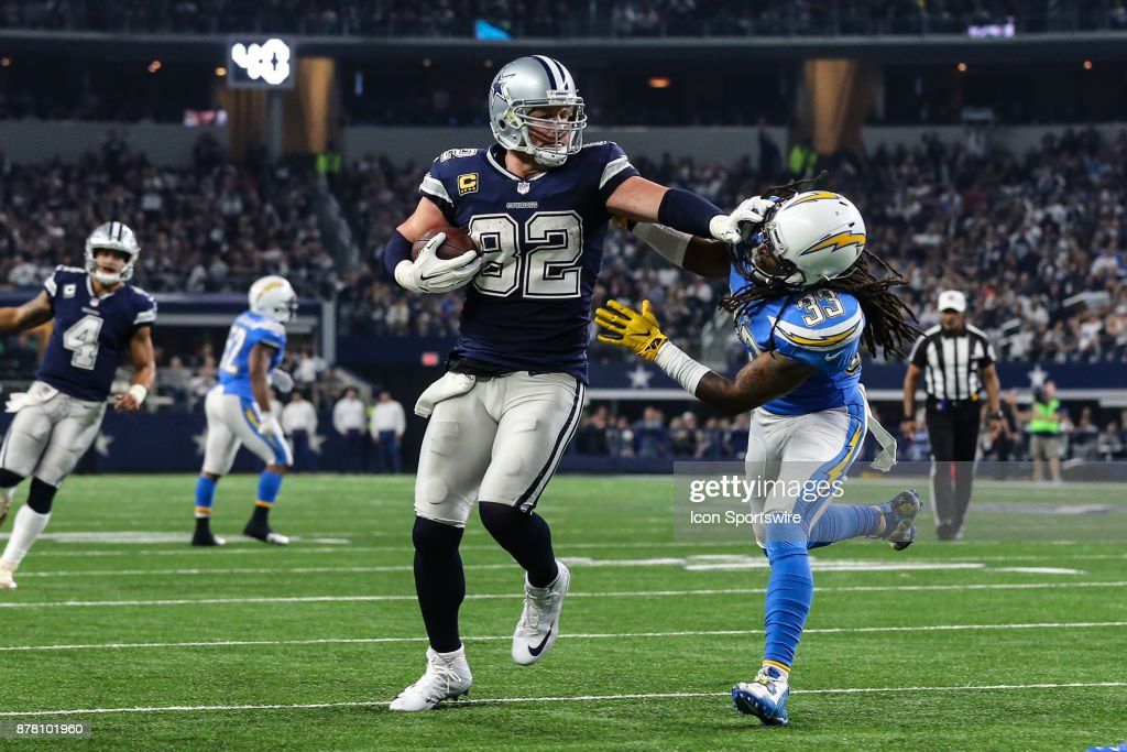 NFL: NOV 23 Chargers at Cowboys : News Photo