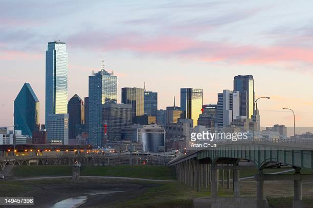 dallas downtown skyline - dallas stock pictures, royalty-free photos & images