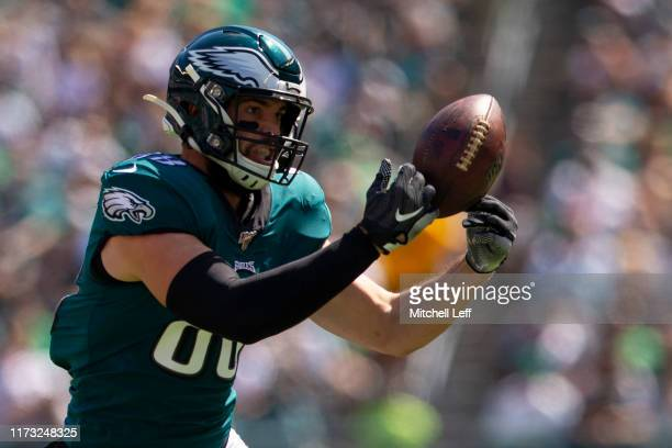 Dallas Goedert of the Philadelphia Eagles cannot makes the catch against the Washington Redskins at Lincoln Financial Field on September 8 2019 in...