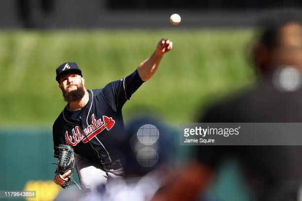 Dallas Keuchel of the Atlanta Braves delivers the pitch against the St. Louis Cardinals during the first inning in game four of the National League...