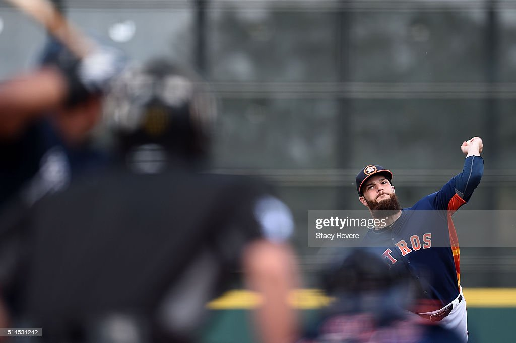 Dallas Keuchel #60 of the Houston Astros throws a pitch during the second inning of a spring training game against the Atlanta Braves at Osceola County Stadium on March 9, 2016 in Kissimmee, Florida.