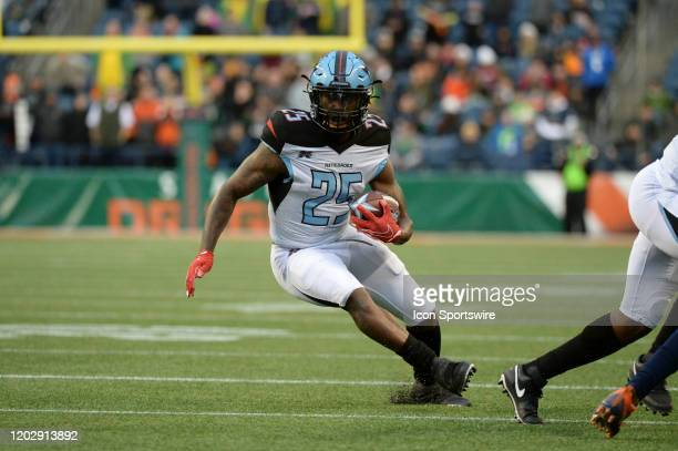 Dallas Renegades running back Lance Dunbar cuts back to the middle during an XFL football game between the Dallas Renegades and the Seattle Dragons...