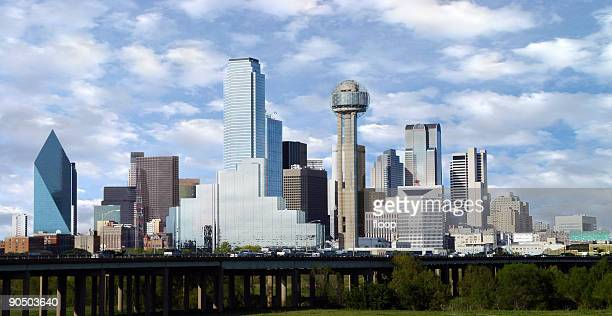 dallas skyline - dallas stock pictures, royalty-free photos & images