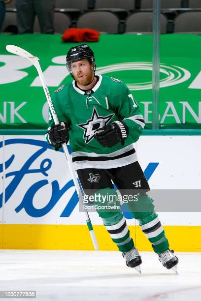 Dallas Stars Center Joe Pavelski scores the game winner during the third period of the game between the Nashville Predators and Dallas Stars on...