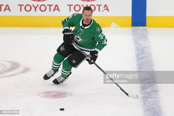 Dallas Stars Defenceman Marc Methot warms up prior to the NHL game between the Detroit Red Wings and Dallas Stars on October 10 2017 at the American...