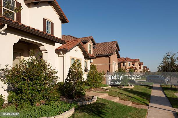 dallas suburban houses - texas stock pictures, royalty-free photos & images