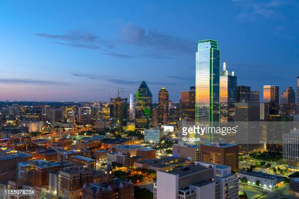 dallas texas evening skyline aerial shot in june 2019 - trinity river texas stock pictures, royalty-free photos & images