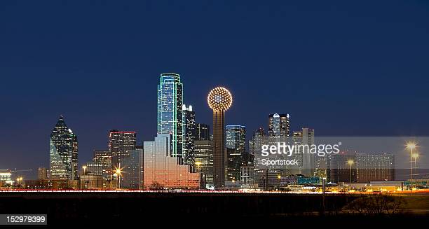 dallas, texas skyline at night - dallas stock pictures, royalty-free photos & images