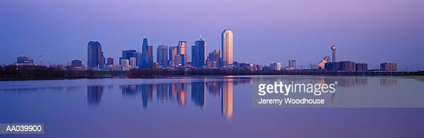 dallas trinity river in flood, dallas, texas, usa - trinity river texas stock pictures, royalty-free photos & images