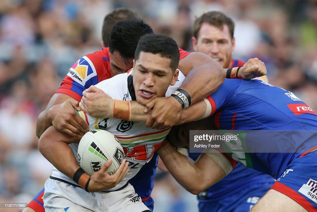 NRL Rd 2 - Knights v Panthers : News Photo