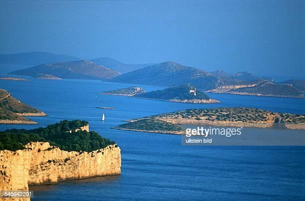 Dalmatien: Blick von der Insel Dugi Otok auf die Nachbarinseln - 1999
