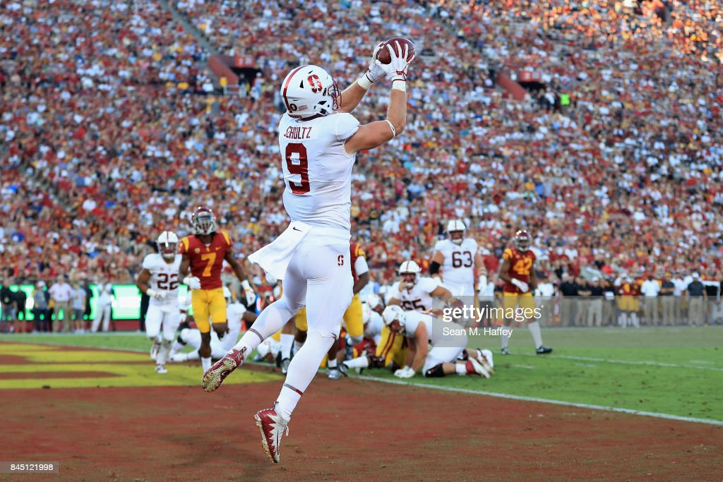 Stanford v USC : News Photo