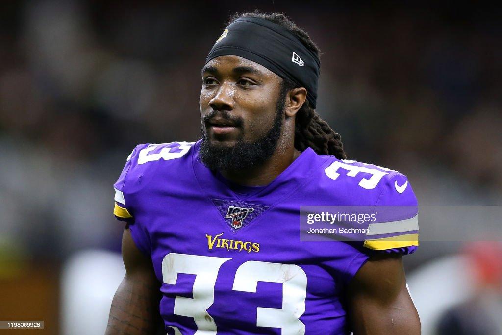 Wild Card Round - Minnesota Vikings v New Orleans Saints : ニュース写真