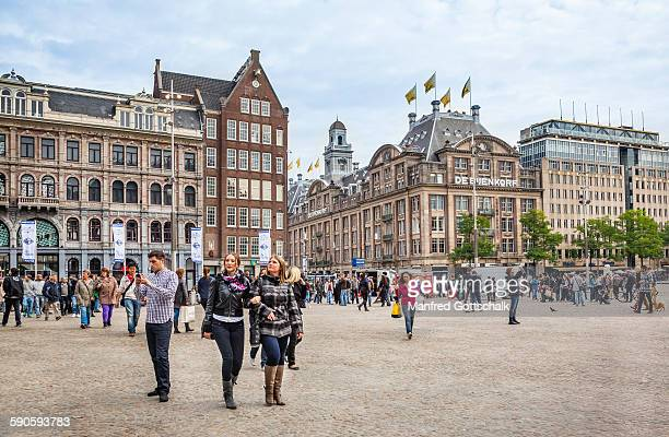 Dam square stock photos and pictures getty images for Appartamenti piazza dam amsterdam