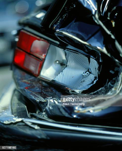 Damage to the rear part of a car