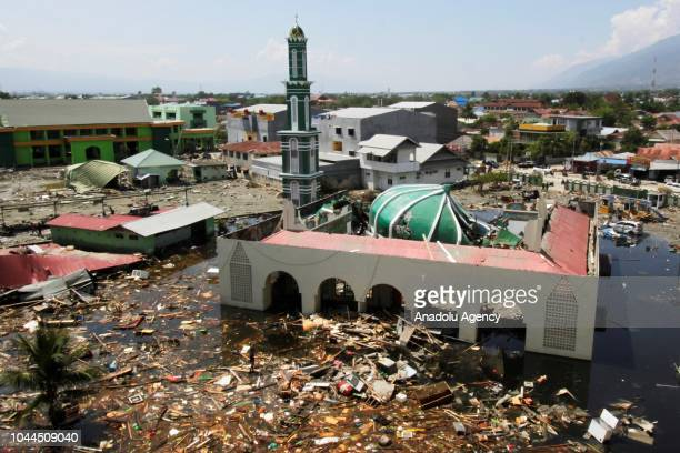 Damaged Baiturrahman mosque is seen after being hit by the earthquake and tsunami waves, in the city of Palu, Central Sulawesi, Indonesia on 2...