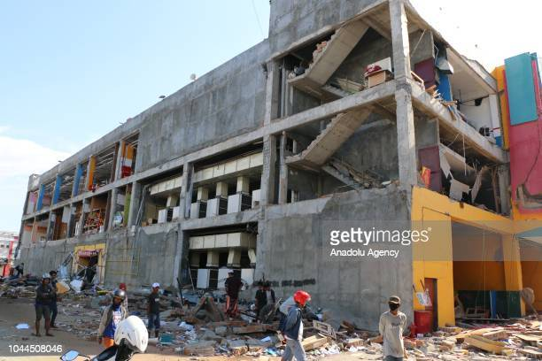 Damaged building is seen after death toll from the 7.7-magnitude earthquake and tsunami on the island of Sulawesi in Indonesia on October 2, 2018....