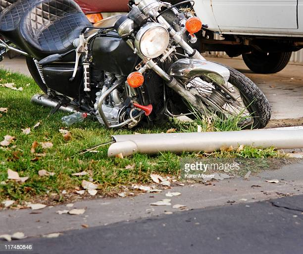 damaged motorcycle - motorcycle accident stock pictures, royalty-free photos & images