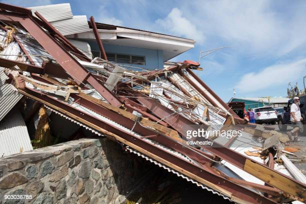 damaged roof from hurricane irma. st john - spoil system stock pictures, royalty-free photos & images