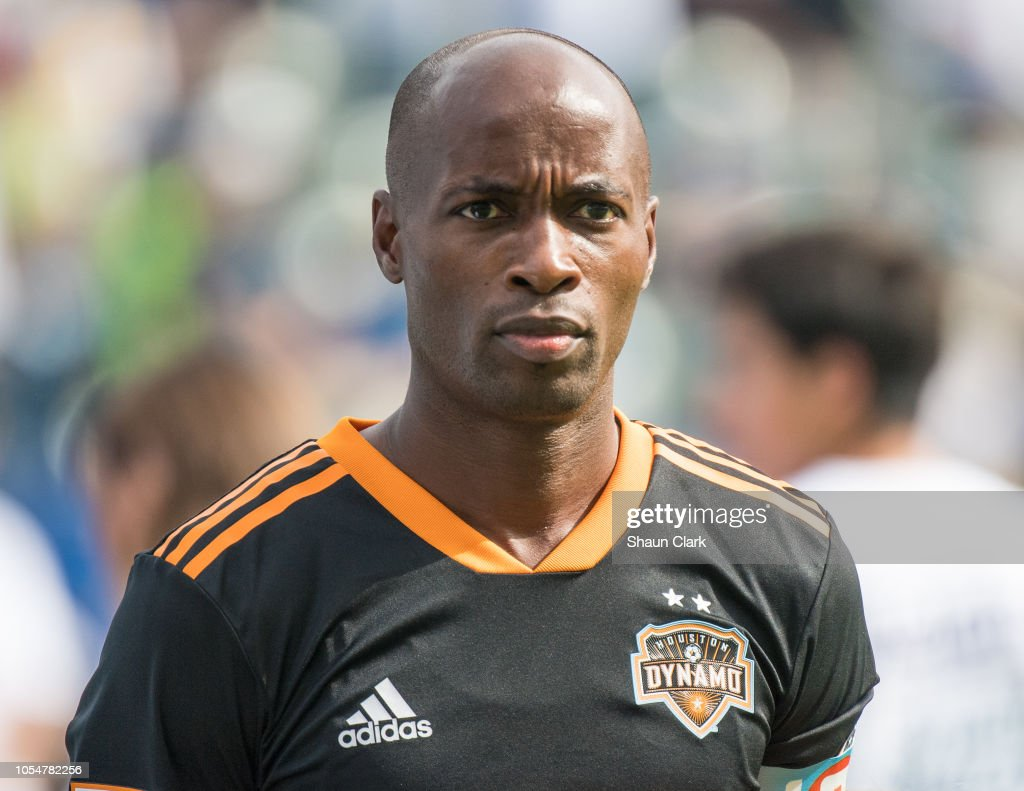 MLS Soccer - Los Angeles Galaxy v Houston Dynamo : News Photo