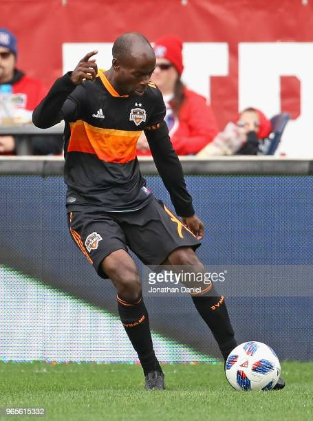 DaMarcus Beasley of the Houston Dynamo passes the ball against the Chicago Fire at Toyota Park on May 20, 2018 in Bridgeview, Illinois. The Dynamo...