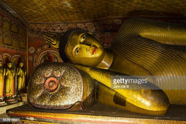 Dambulla, Cave temple with Buddha images