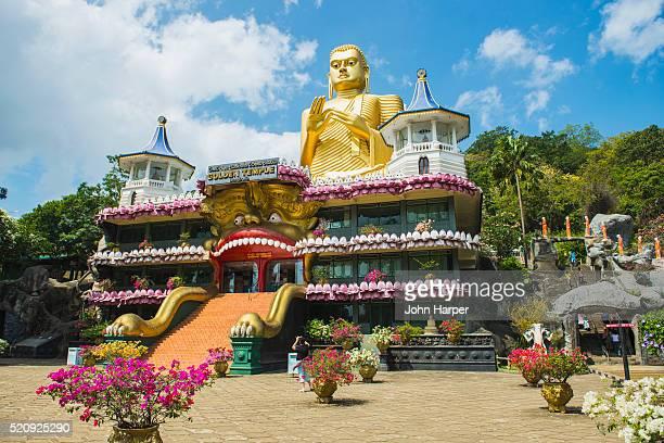 dambullah cave temple, dambullah, sri lanka - sri lanka stock pictures, royalty-free photos & images