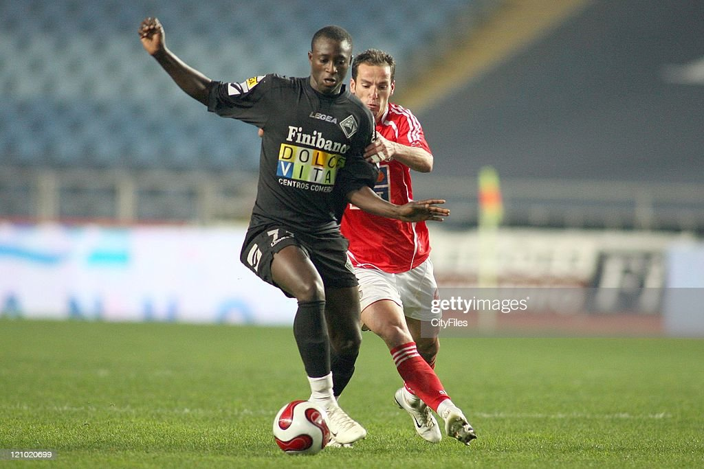 Dame and Petit during the Portuguese Bwin League match between Academica de Coimbra and Benfica, January 15, 2007.