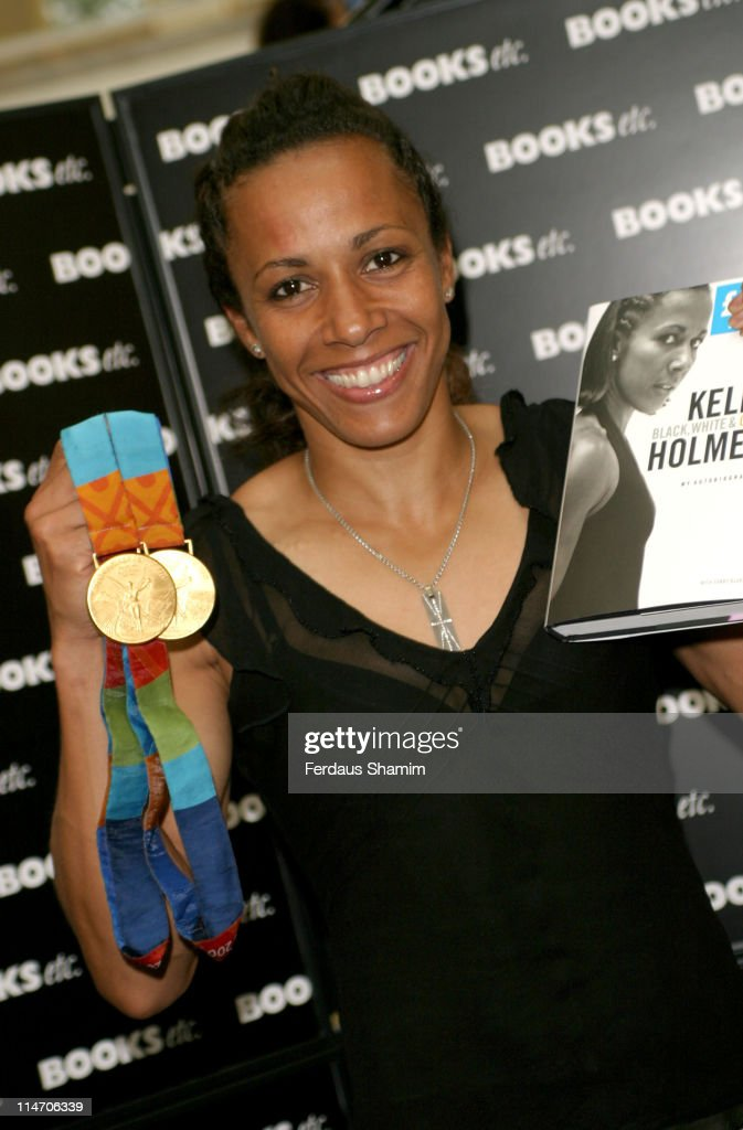 Dame Kelly Holmes Signs Her Book