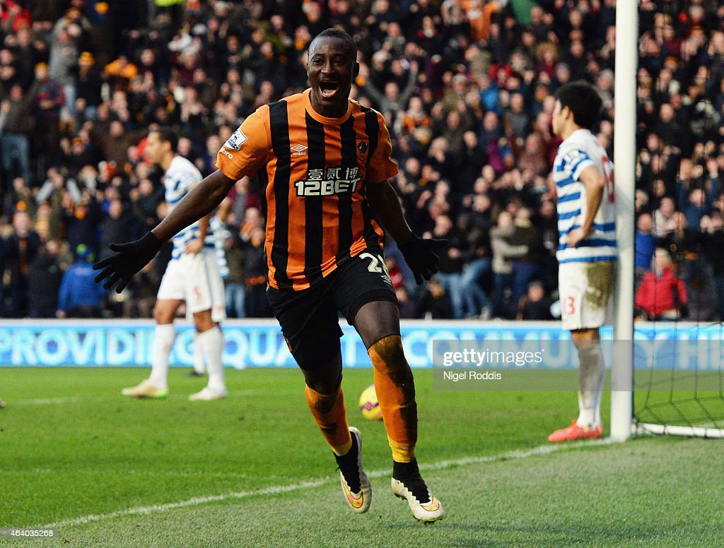 Dame N'Doye of Hull City (28) as he scores their second goal during the Barclays Premier League match between Hull City and Queens Park Rangers at KC Stadium on February 21, 2015 in Hull, England.