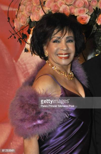Dame Shirley Bassey attends the 2008 Monte Carlo Rose Ball 'Movida' on March 29 2008 at the Monte Carlo Sporting Club Salle des Etoiles in Monte...
