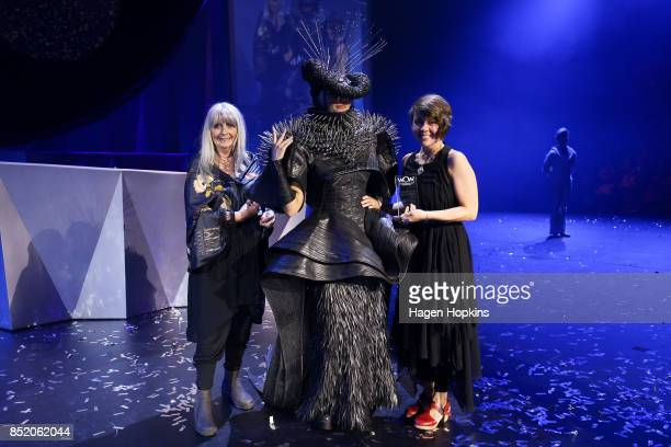 Dame Suzie Moncrieff poses with 'Refuse Refuge' and creator Grace DuVal of the United States after winning the Sustainability Award during the World...