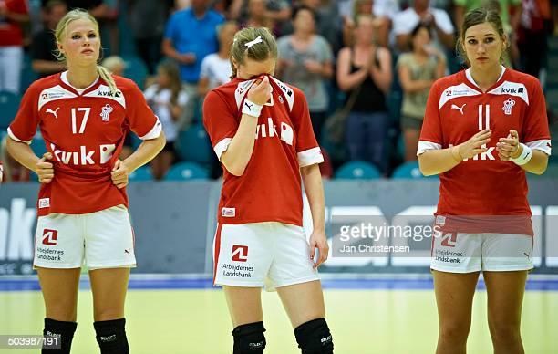 Dame U19 semifinal Russia vs Denmark From left Amalie Wichmann Anne Mette Hansen Line Haugsted © Jan Christensen/FrontzoneSportdk