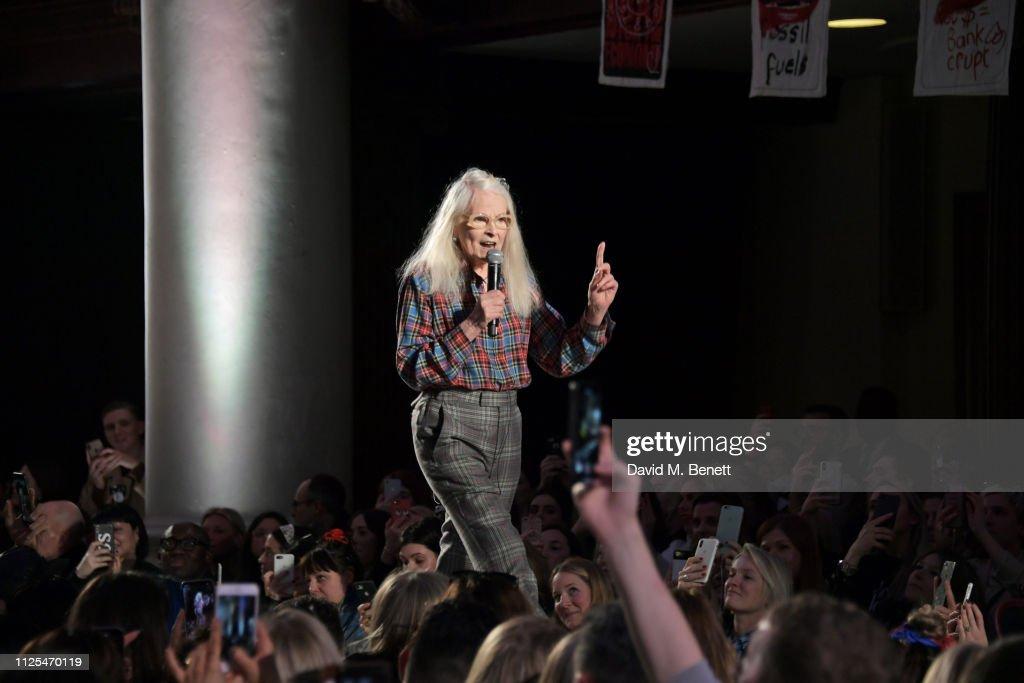 Vivienne Westwood - Runway - LFW February 2019 : ニュース写真