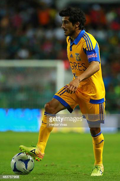 Damian Alvarez of Tigres drives the ball during a 4th round match between Leon and Tigres UANL as part of the Apertura 2015 Liga MX at Leon Stadium...