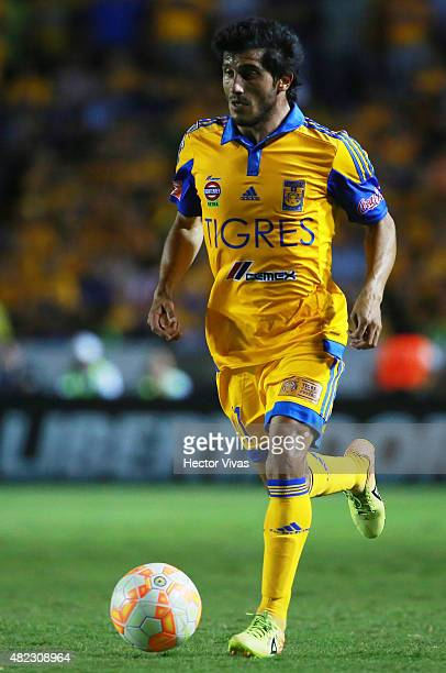 Damian Alvarez of Tigres drives the ball during a first leg final match between Tigres UANL and River Plate as part of Copa Bridgestone Libertadores...